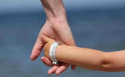 pulseira-identificacao-crianca